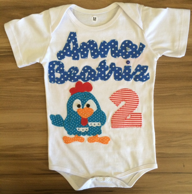 body-customizado-para-bebe-mesversario.jpg