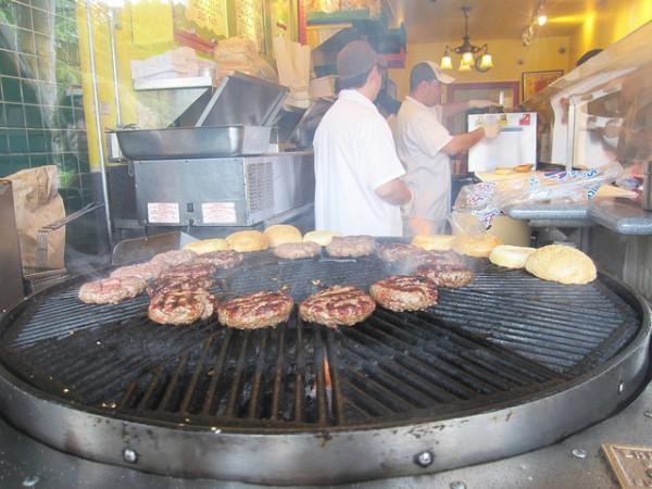 burger_sausalito-600x450.jpg